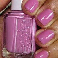 Essie Colour - Pink